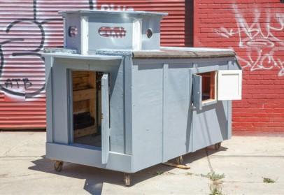 Des cabanes mobiles pour les SDF réalisées par un artiste