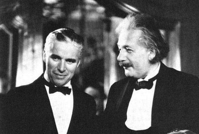 Charlie Chaplin et Albert Einstein.