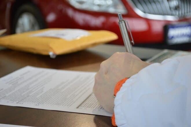 La signature d'un prêt.